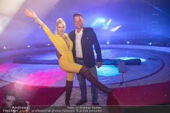 Premiere Zirkus Louis Knie - Zirkuszelt bei der Donaumarina, Wien - Mi 22.09.2021 - Louis KNIE, Kathi STEININGER1