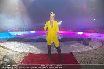 Premiere Zirkus Louis Knie - Zirkuszelt bei der Donaumarina, Wien - Mi 22.09.2021 - Kathi STEININGER13