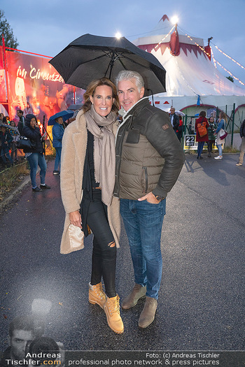 Premiere Zirkus Louis Knie - Zirkuszelt bei der Donaumarina, Wien - Mi 22.09.2021 - Kathi STUMPF, Alex BEZA43