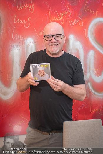 DJ Ötzi Buch- und CD Präsentation - Hotel Triest, Wien - Do 23.09.2021 - DJ Ötzi Gerry FRIEDLE4