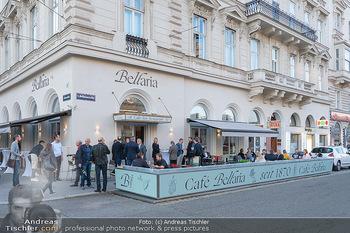 Neueröffnung - Cafe Bellaria - Do 23.09.2021 - Das Lokal von aussen außen, Cafe Bellaria14