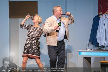 Arthur & Claire Bühnenfotos - Stadttheater Berndorf - Sa 25.09.2021 - Kristina SPRENGER, Ferry ÖLLINGER1