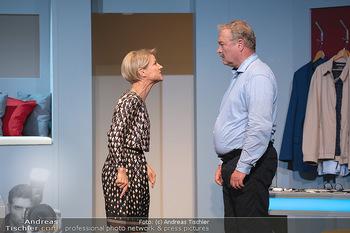 Arthur & Claire Bühnenfotos - Stadttheater Berndorf - Sa 25.09.2021 - Kristina SPRENGER, Ferry ÖLLINGER19