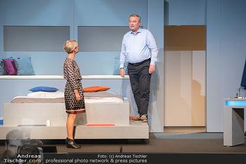 Arthur & Claire Bühnenfotos - Stadttheater Berndorf - Sa 25.09.2021 - Kristina SPRENGER, Ferry ÖLLINGER24