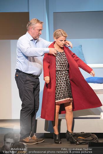 Arthur & Claire Bühnenfotos - Stadttheater Berndorf - Sa 25.09.2021 - Kristina SPRENGER, Ferry ÖLLINGER31