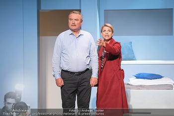 Arthur & Claire Bühnenfotos - Stadttheater Berndorf - Sa 25.09.2021 - Kristina SPRENGER, Ferry ÖLLINGER35