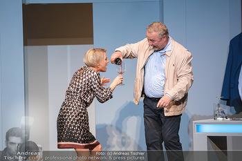 Arthur & Claire Bühnenfotos - Stadttheater Berndorf - Sa 25.09.2021 - Kristina SPRENGER, Ferry ÖLLINGER51