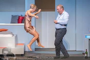 Arthur & Claire Bühnenfotos - Stadttheater Berndorf - Sa 25.09.2021 - Kristina SPRENGER, Ferry ÖLLINGER55