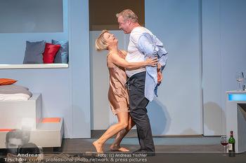 Arthur & Claire Bühnenfotos - Stadttheater Berndorf - Sa 25.09.2021 - Kristina SPRENGER, Ferry ÖLLINGER58