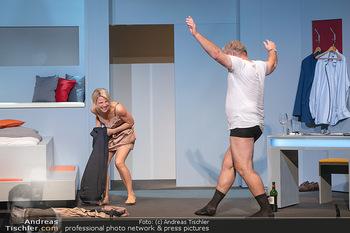Arthur & Claire Bühnenfotos - Stadttheater Berndorf - Sa 25.09.2021 - Kristina SPRENGER, Ferry ÖLLINGER60