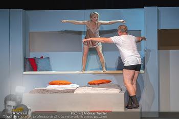 Arthur & Claire Bühnenfotos - Stadttheater Berndorf - Sa 25.09.2021 - Kristina SPRENGER, Ferry ÖLLINGER62