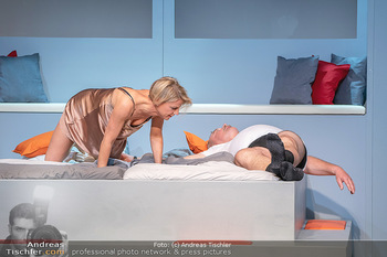 Arthur & Claire Bühnenfotos - Stadttheater Berndorf - Sa 25.09.2021 - Kristina SPRENGER, Ferry ÖLLINGER64