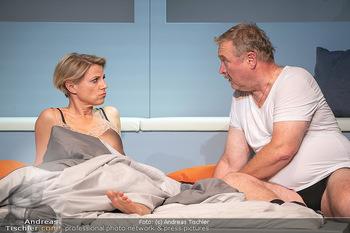 Arthur & Claire Bühnenfotos - Stadttheater Berndorf - Sa 25.09.2021 - Kristina SPRENGER, Ferry ÖLLINGER69