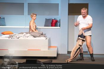 Arthur & Claire Bühnenfotos - Stadttheater Berndorf - Sa 25.09.2021 - Kristina SPRENGER, Ferry ÖLLINGER71