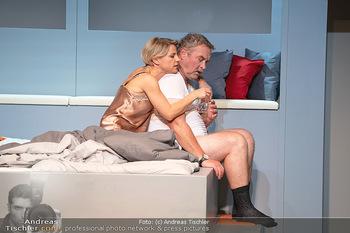 Arthur & Claire Bühnenfotos - Stadttheater Berndorf - Sa 25.09.2021 - Kristina SPRENGER, Ferry ÖLLINGER72