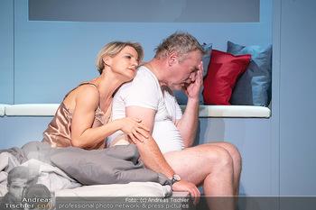 Arthur & Claire Bühnenfotos - Stadttheater Berndorf - Sa 25.09.2021 - Kristina SPRENGER, Ferry ÖLLINGER74
