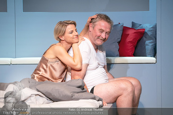 Arthur & Claire Bühnenfotos - Stadttheater Berndorf - Sa 25.09.2021 - Kristina SPRENGER, Ferry ÖLLINGER75
