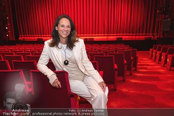 We are Musical - Eröffnungsgala - Raimund Theater, Wien - So 26.09.2021 - Vera RUSSWURM (Portrait)34