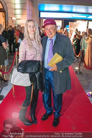 We are Musical - Eröffnungsgala - Raimund Theater, Wien - So 26.09.2021 - Richard LUGNER mit Simone Bienchen REILÄNDER76