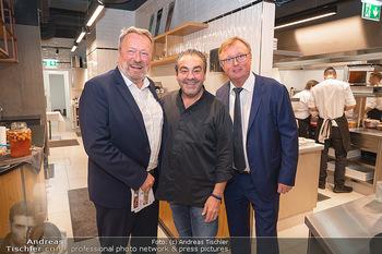 Eröffnung - Opening 2.0 - Hola! Tapas Bar Aufhof - Mi 29.09.2021 - Wolfgang WURM, Juan AMADOR, Peter SCHAIDER2