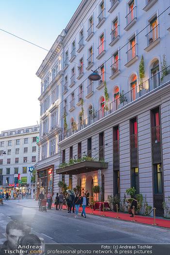 Eröffnung - Hotel Motto, Wien - Fr 01.10.2021 - Hotel Motto von außen24