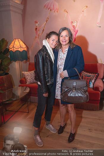 Eröffnung - Hotel Motto, Wien - Fr 01.10.2021 - Doris FELBER mit Tochter Steffanie43