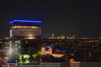 Eröffnung - Hotel Motto, Wien - Fr 01.10.2021 - Blick auf Haus des Meers bei Nacht von Dachterrasse aus100