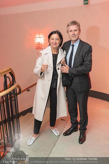 Eröffnung - Hotel Motto, Wien - Fr 01.10.2021 - Josef OSTERMAYER mit Ehefrau Manuela116