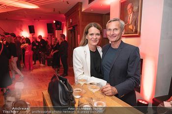 Eröffnung - Hotel Motto, Wien - Fr 01.10.2021 - Alfred HUDLER mit Birgit126
