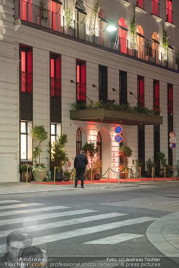 Eröffnung - Hotel Motto, Wien - Fr 01.10.2021 - Hotel Motto Vienna von außen bei Nacht171