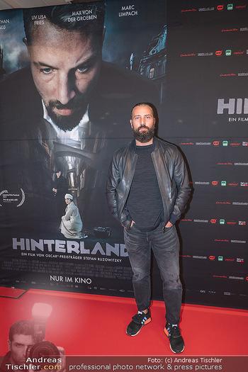 Kinopremiere ´Hinterland´ - Village Cinema, Wien - Do 07.10.2021 - Murathan MUSLU18