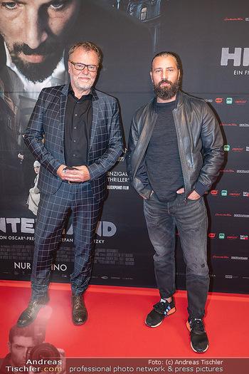 Kinopremiere ´Hinterland´ - Village Cinema, Wien - Do 07.10.2021 - Murathan MUSLU, Stefan RUZOWITZKY24