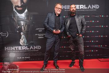Kinopremiere ´Hinterland´ - Village Cinema, Wien - Do 07.10.2021 - Murathan MUSLU, Stefan RUZOWITZKY26