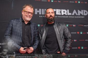 Kinopremiere ´Hinterland´ - Village Cinema, Wien - Do 07.10.2021 - Murathan MUSLU, Stefan RUZOWITZKY27
