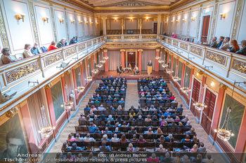 the 80s Ausstellungseröffnung - Albertina Modern Museum, Wien - Sa 09.10.2021 - Brahms-Saal mit Publikum im Wiener Musikverein41