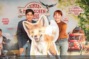 Kinopremiere ´Die Schule der magischen Tiere´ - Cineplexx Donauplex - Sa 09.10.2021 - Emilia MAIER, Loris SICHROVSKY1