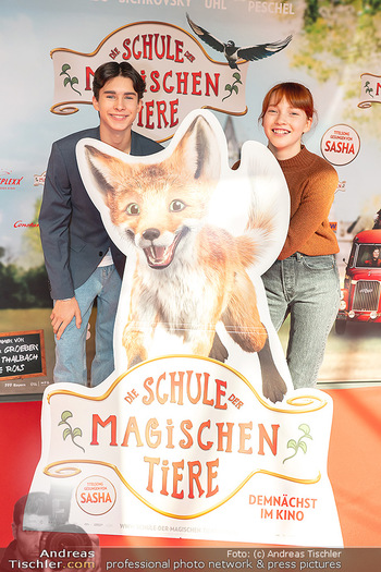 Kinopremiere ´Die Schule der magischen Tiere´ - Cineplexx Donauplex - Sa 09.10.2021 - Emilia MAIER, Loris SICHROVSKY13