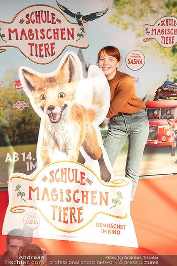 Kinopremiere ´Die Schule der magischen Tiere´ - Cineplexx Donauplex - Sa 09.10.2021 - Emilia MAIER14