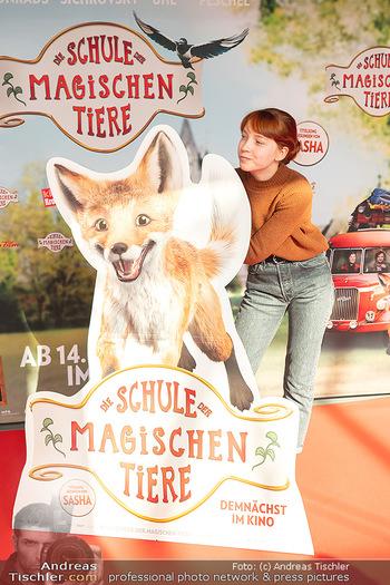 Kinopremiere ´Die Schule der magischen Tiere´ - Cineplexx Donauplex - Sa 09.10.2021 - Emilia MAIER15
