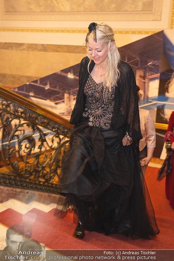 Lugner Verlobung und Geburtstag - Haus der Industrie, Wien - Sa 09.10.2021 - Simone REILÄNDER53