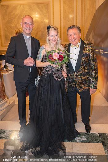Lugner Verlobung und Geburtstag - Haus der Industrie, Wien - Sa 09.10.2021 - Anton Toni FABER, Richard LUGNER, Simone REILÄNDER114