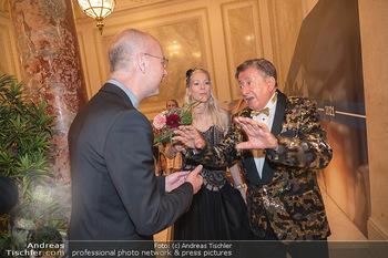 Lugner Verlobung und Geburtstag - Haus der Industrie, Wien - Sa 09.10.2021 - Anton Toni FABER, Richard LUGNER, Simone REILÄNDER116