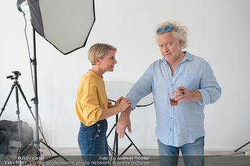 Plakat Fotoshooting - Fotostudio Berndorf - Mi 13.10.2021 - Kristina SPRENGER, Gregor SEBERG im Studio17