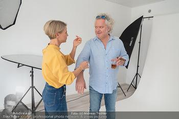 Plakat Fotoshooting - Fotostudio Berndorf - Mi 13.10.2021 - Kristina SPRENGER, Gregor SEBERG im Studio19