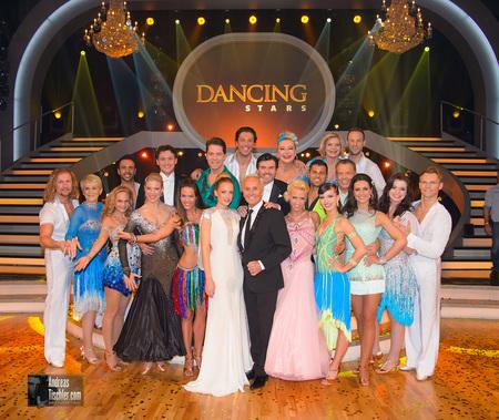 Dancing Stars Staffelauftakt - Gruppenfoto der Dancing Stars by Andreas Tischler
